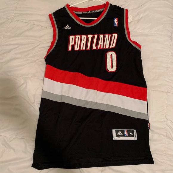 new concept 4e62c 7d9bf Damian Lillard Portland jersey